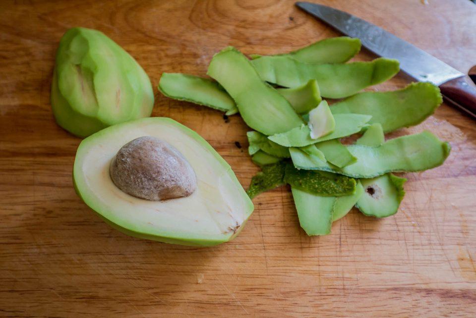 Авокадо без шкурки
