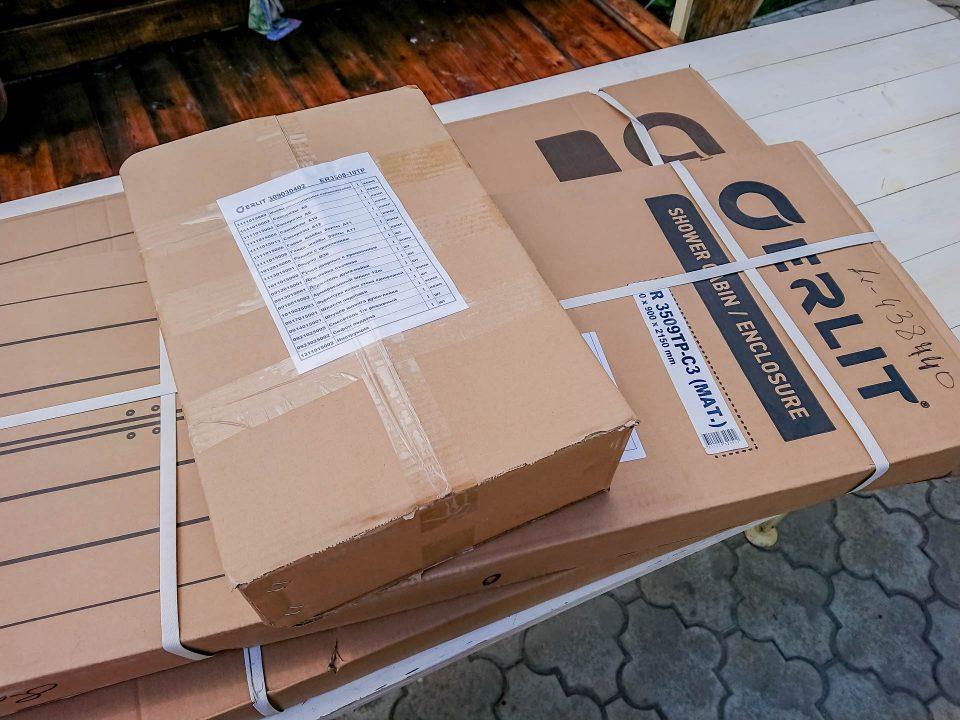 Упаковка душевой кабинки Эрлит