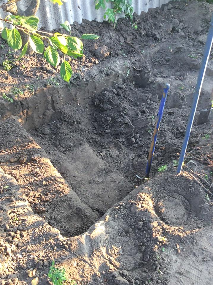 Капаем яму под инфильтратор